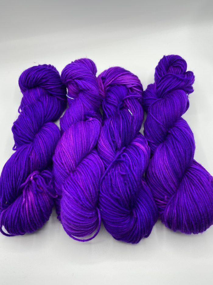 Auto DK The color Purple